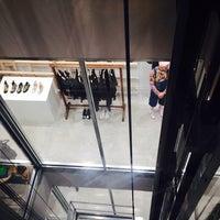 12/21/2013에 Alexandra L.님이 Dover Street Market에서 찍은 사진