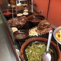 3/8/2016 tarihinde Pepeziyaretçi tarafından Tacos la glorieta'de çekilen fotoğraf