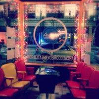 รูปภาพถ่ายที่ Arcade Comedy Theater โดย Frank S. เมื่อ 11/30/2013