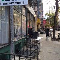 Photo prise au The Uncommons par Li C. le11/19/2013