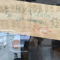 Das Foto wurde bei Hug & Grow von Esra E. am 2/6/2016 aufgenommen