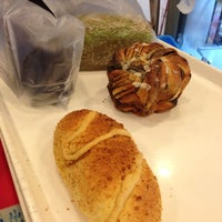 Снимок сделан в Ueno Bakery & Enzyme 上野酵素麵包生活館 пользователем Ming C. 6/1/2014