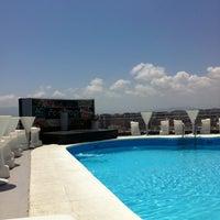 Foto diambil di Terraza Hotel Málaga Palacio oleh Vichy pada 6/26/2013