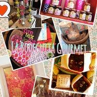 Foto tirada no(a) La Bodeguita Gourmet por Enterartedf em 8/22/2013