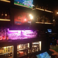 รูปภาพถ่ายที่ 42 Lounge โดย Shareef J. เมื่อ 7/11/2013
