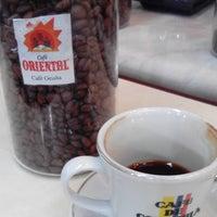 8/31/2016にJon D.がConde De Medellin Especiality Cafeteriaで撮った写真