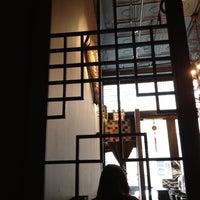 Foto scattata a Kori Restaurant and Bar da Yosuke H. il 8/27/2012