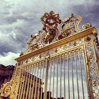 Foto tirada no(a) Palácio de Versalhes por Oleg em 5/4/2013