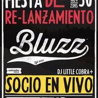 Foto tomada en Bluzz Live por Bluzz el 11/21/2013