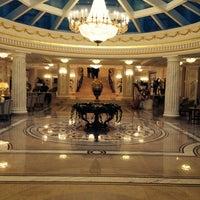 Das Foto wurde bei The Official State Hermitage Hotel von Boris™ P. am 9/25/2013 aufgenommen