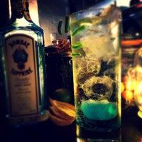 Das Foto wurde bei EL BARÓN - Café & Liquor Bar von Dorian C. am 12/22/2013 aufgenommen