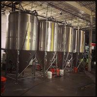 4/13/2013에 Rodrigo A.님이 Half Full Brewery에서 찍은 사진