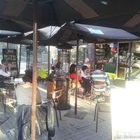 Das Foto wurde bei Café Jardín von Anita Maria B. am 6/18/2014 aufgenommen