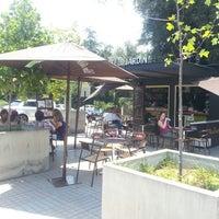 Das Foto wurde bei Café Jardín von Anita Maria B. am 1/7/2014 aufgenommen