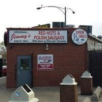 5/4/2014 tarihinde Michael Walsh A.ziyaretçi tarafından Original Jimmy's Red Hots'de çekilen fotoğraf