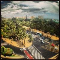 Foto scattata a Plaza de la Marina da CONDE il 5/17/2013