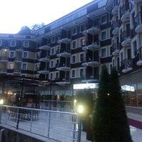 รูปภาพถ่ายที่ Ridos Thermal Hotel&SPA โดย murat s. เมื่อ 7/20/2014