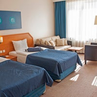 11/27/2013 tarihinde Hotel Arturziyaretçi tarafından Hotel Artur'de çekilen fotoğraf