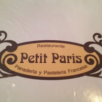 Das Foto wurde bei Petit Paris von Daniela am 8/25/2012 aufgenommen