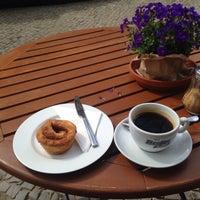 Foto diambil di Café Kanel oleh Anna-Lena pada 4/19/2015