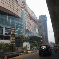 รูปภาพถ่ายที่ Kuningan City โดย Fraswita A. เมื่อ 10/11/2012