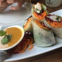 4/7/2016에 Sabina M.님이 Galanga Thai Kitchen에서 찍은 사진