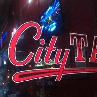 Das Foto wurde bei City Tap Cleveland von Chris S. am 9/23/2012 aufgenommen