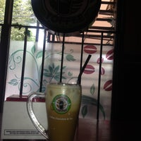 Foto diambil di Coffee Toffee oleh Puspitasari M. pada 12/2/2013
