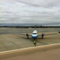 Das Foto wurde bei Monterey Regional Airport (MRY) von Juan A. am 12/16/2012 aufgenommen