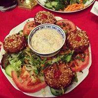 Das Foto wurde bei Kish Restaurant von Vitali am 7/11/2014 aufgenommen