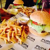 9/11/2014 tarihinde Ela M.ziyaretçi tarafından Pupa Burger'de çekilen fotoğraf