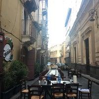 Foto scattata a Gisira Pizza And Drinks da Kristina D. il 6/21/2017