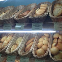 Снимок сделан в Хлебная галерея/Bread Gallery пользователем Nadya G. 6/9/2013