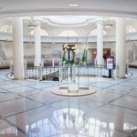 Foto tirada no(a) Marriott Grand por Marriott Moscow em 8/18/2014