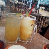 Foto tomada en La Parrilla Mexican Restaurant por @Cold__Arted el 10/2/2013