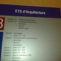 Foto scattata a Escola Tècnica Superior d'Arquitectura da Ziba A. il 9/17/2012