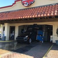 3/25/2017にBryan F.がVintage Car Washで撮った写真