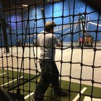 รูปภาพถ่ายที่ Grand Slam Sports & Entertainment โดย Tino L. เมื่อ 3/13/2013