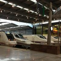 รูปภาพถ่ายที่ Estación de Málaga-María Zambrano โดย Abraham เมื่อ 3/29/2013
