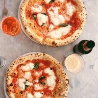 รูปภาพถ่ายที่ Settebello Pizzeria โดย Tim M. เมื่อ 4/29/2013