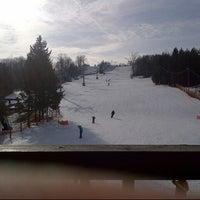 Foto tirada no(a) Chicopee Ski & Summer Resort por Ian K. em 1/12/2013