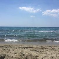 Foto tirada no(a) Pygale Beach por no user em 7/20/2018