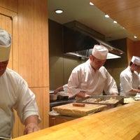 Das Foto wurde bei Sushi Yasuda von Nikki M. am 12/21/2012 aufgenommen