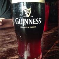 Das Foto wurde bei McGinley's Pub von Amy J. am 6/29/2014 aufgenommen