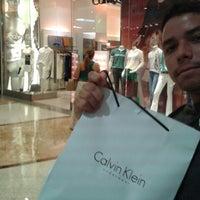 ... Foto tirada no(a) Calvin Klein Jeans por Nén L. em 12  ... 245e1299db