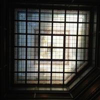 Das Foto wurde bei The Brown Palace Hotel and Spa von Timothy H. am 10/2/2012 aufgenommen