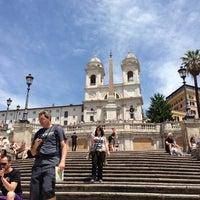 Foto scattata a Piazza di Spagna da simei il 6/8/2013