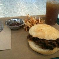 6/29/2013 tarihinde Michael L.ziyaretçi tarafından Sandwich Me In'de çekilen fotoğraf