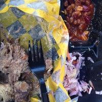Das Foto wurde bei Curley's Q BBQ Food Truck & Catering von Priscilla R. am 7/2/2014 aufgenommen