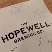 รูปภาพถ่ายที่ Hopewell Brewing Company โดย Abby S. เมื่อ 9/8/2018